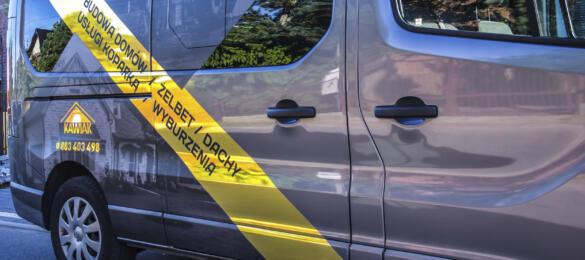 Prawy bok Vivaro - reklama na samochodzie